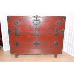 "Koreansk ""blanket chest"""