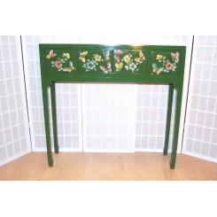 Sidobord/Byrå grön med fjärilar/blommor