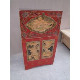 Mongoliskt skåp m. dekormålning