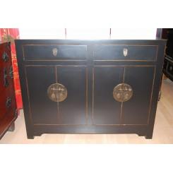 Svart byrå 4 dörrar/2 lådor 115 cm b