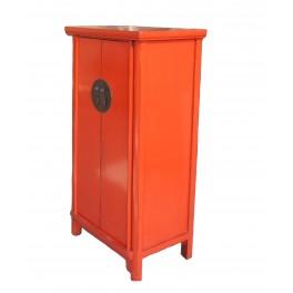 Praktiskt kinaskåp röd 120 cm