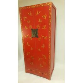 Asiatisk garderob röd fjäril