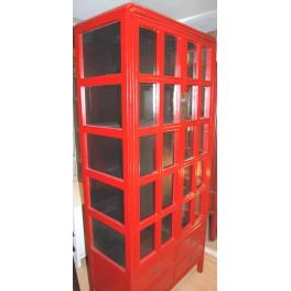 Helglasat vitrinskåp röd 4 lådor