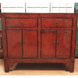 Antik röd byrå 2 lådor/4 dörrar